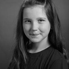 Hannah Simos-Garner (alternating).jpg