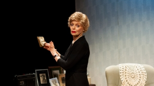 Belinda Giblin in Blonde Poison