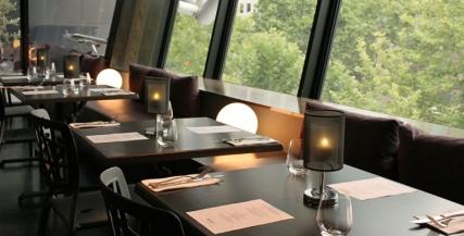 Qatar Airways MTC Lounge Dining
