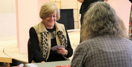 Nancye Hayes practices a game of bridge with Sue Jones