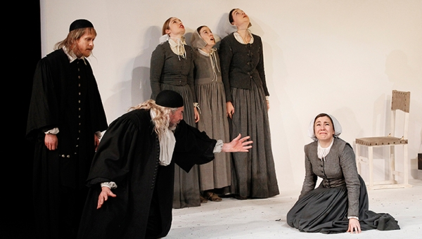 Grant Cartwright, Brian Lipson, Elizabeth Nabben, Amanda McGregor, Edwina Samuels and Sarah Ogden in The Crucible