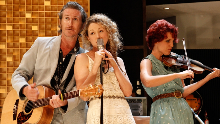 Tim Rogers and Sophie Ross in What Rhymes with Cars and Girls