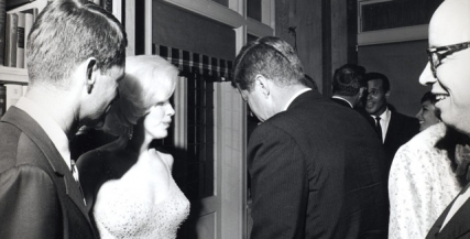 Marilyn Monroe meets JFK