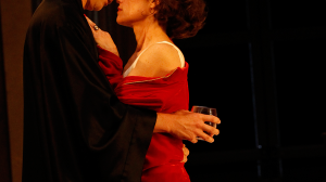 Leon Ford and Nadine Garner in 'Private Lives'