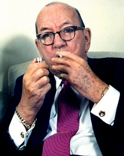 Sir_Noel_Coward_in_Glasses_Allan_Warren.jpg